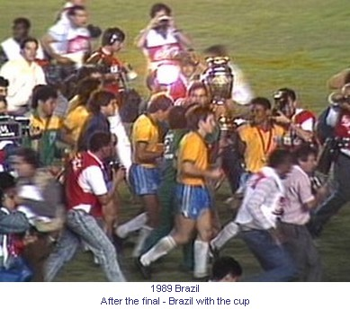 CA_00326_1989_Brazil_with_the_cup_en.jpg
