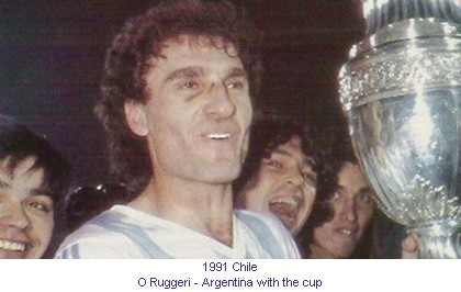 CA_00342_1991_O_Ruggeri_Argentina_with_the_cup_en.jpg