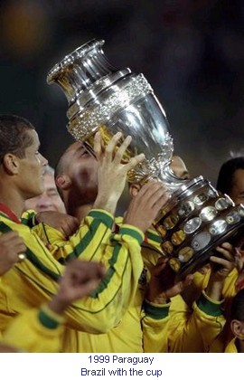 CA_00476_1999_Brazil_with_the_cup_en.jpg