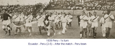 CA_01094_1939_1st_turn_Ecuador_Peru_After_the_match_Peru_en..jpg