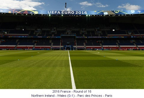 CE_01036_2016_Round_of_16_Northern_Ireland_Wales_Parc_des_Princes_Paris_1_en.jpg