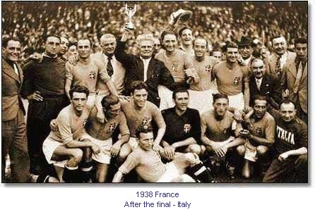CM_00024_1938_After_the_final_Italy_en.jpg