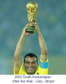 CM_00175_2002_After_the_final_Brazil_Cafu_en.jpg