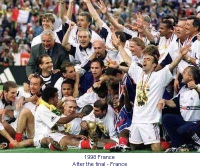 CM_00208_1998_After_the_final_France_en.jpg