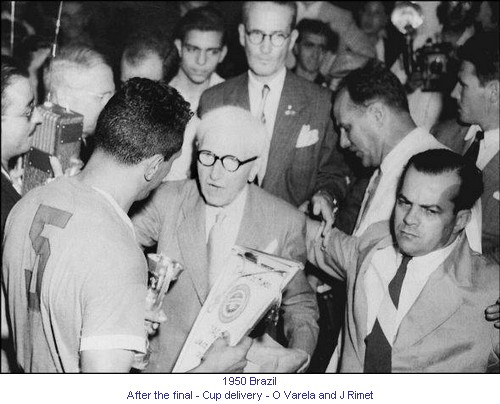 CM_00922_1950_After_the_final_The cup_O_Varela_and_J_Rimet_en.jpg