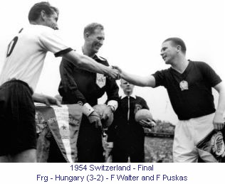 CM_00958_1954_Final_Frg_Hungary_F_Walter_and_F_Puskas_en.jpg