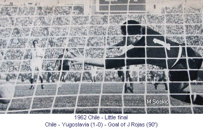 CM_01001_1962_Little_final_Chile_Yugoslavia_Goal_E_Rojas_90_en.jpg