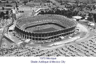 CM_01093_1970_Stade_Azteque_Mexico_City_fr.jpg