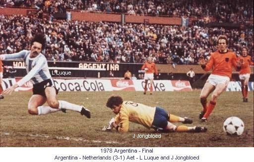CM_01158_1978_Final_Argentina_Netherlands_L_Luque_and_J_Jongbloed_en.jpg