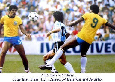 CM_01176_1982_2nd_turn_Argentina_Brazil_Cerezo_DA_Maradona_and_Serginho_en.jpg