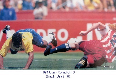 CM_01251_1994_Round_of_16_Brazil_Usa_en.jpg